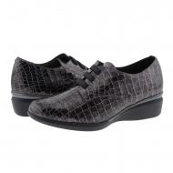 Sneakers nere con Doctor Cutillas in pelle incisa